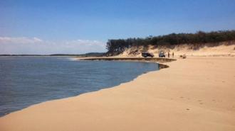 Hố tử thần lại xuất hiện trên bờ biển Australia