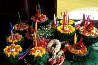 Lung linh lễ hội hoa đăng Loy Krathong ở Thái Lan