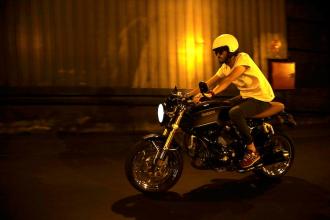 Phong cách nổi loạn của Ducati GT1000 độ cực chất