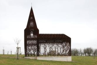 Nhà thờ có khả năng 'tự biến mất'