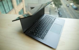 Bộ ba laptop cao cấp Vaio trình làng với pin trên 10 tiếng