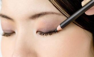 Trang điểm cho đôi Mắt đẹp với 8 bước nhanh gọn