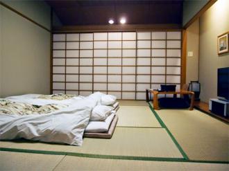 Lý giải vì sao người Nhật thích nằm ngủ trên sàn nhà