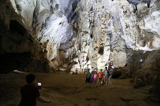 Quảng Bình giảm giá vé vào tham quan các hang động