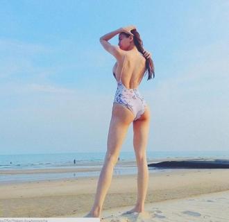 """Ai diện bikini quyến rũ nhất """" Hà Hồ, Phạm Hương, Ngọc Trinh """""""