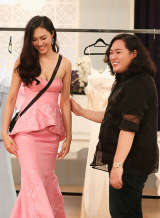 Show Hoa khôi áo dài gây sốc với váy diễn chung kết giá 3 tỷ đồng