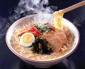 Mỳ ramen 'vừa ăn, vừa húp' như đang ở Nhật