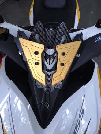 Yamaha NVX 155cc với khối trang bị hoàng kim sang trọng