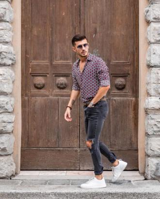 5 cách phối áo sơ mi với quần jeans giúp chàng cá tính