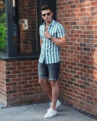5 cách phối áo sơ mi kẻ sọc cổ cuban giúp chàng biến hóa phong cách