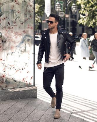 9 cách phối đồ nam đơn giản mà chất chơi cùng quần jeans đen thời trang