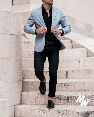 Sơ mi đen – mốt áo giúp chàng thanh lịch hơn dù diện xuống phố phong cách