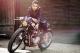 Honda CB550 độ Cafe racer đầy ấn tượng bên mẫu Anh xinh đẹp